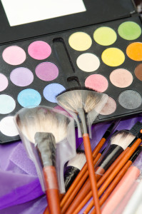 makeup eye shadows and brushes